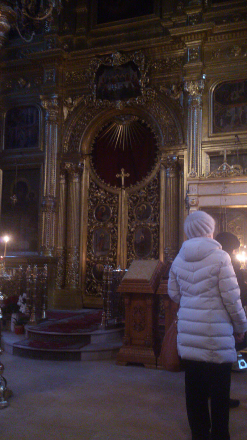 The relics of Saint Spyridon in Moscow-20